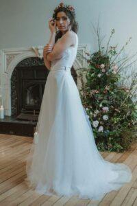Pégase est une jupe de mariées qui souhaite du volume et veulent se sentir sur un nuage.